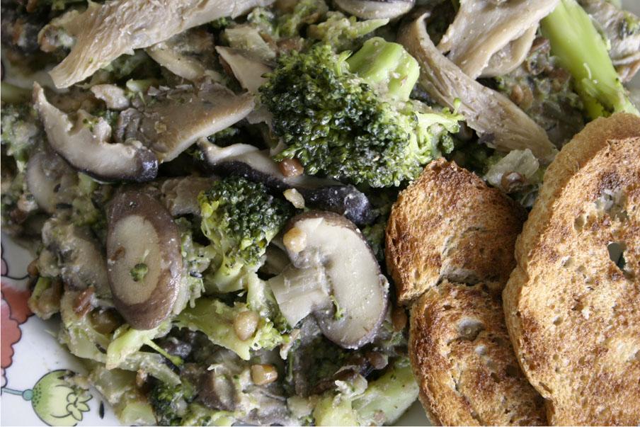 vegan linzenstoofpot paddenstoelen