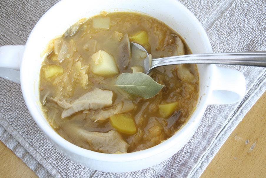 vegetarische zuurkoolsoep